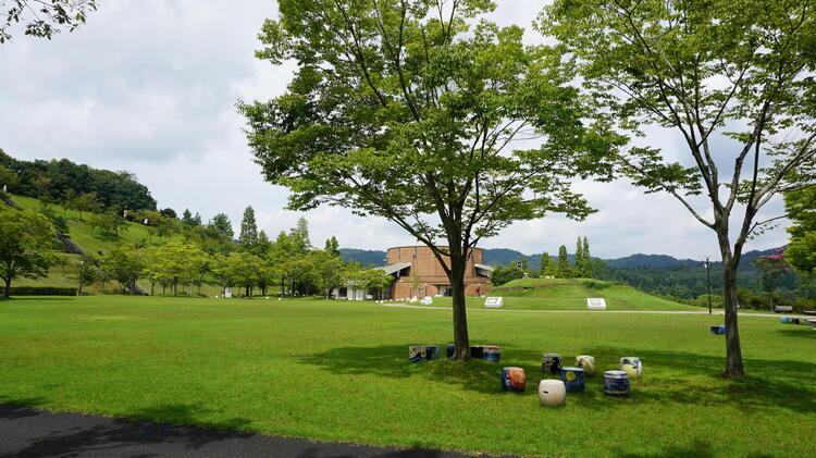 陶芸の森 太陽の広場