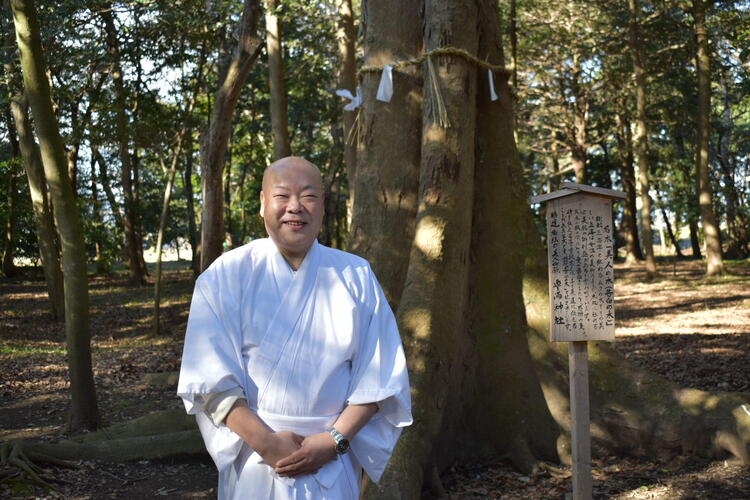 豊満神社宮司