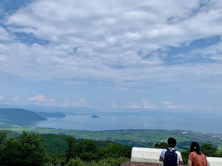 びわ湖のみえる丘2
